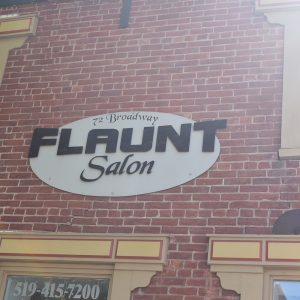 Flaunt Salon